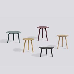 table bistrot contemporaine / en chêne / en bois laqué / ronde