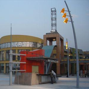 lampadaire urbain / de jardin / contemporain / en acier