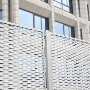 clôture industrielle / grillagée / en métal / de haute sécurité