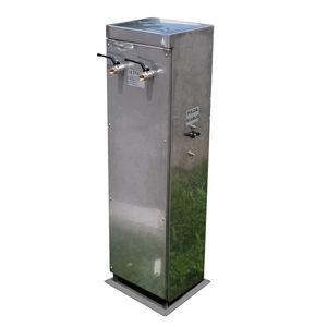 borne de distribution d'eau / en inox