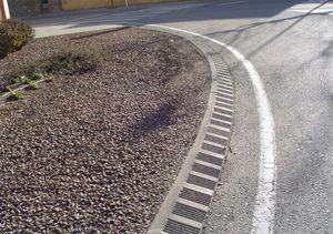 bordure franchissable pour trottoir