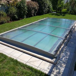 abri de piscine plat