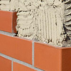 brique repressée / spéciale / d'aération / pour mur