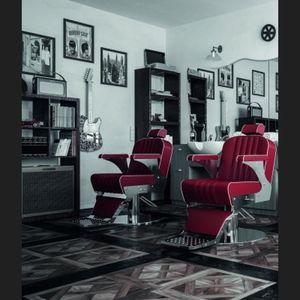 fauteuil de barbier en vinyle / en acier inoxydable / avec repose-pieds / avec repose-tête