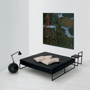 lit simple / contemporain / en bois laqué / en métal