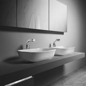 vasque à poser / rectangulaire / en résine / en pierre calcaire