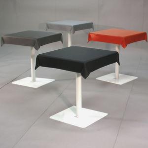 table bistrot design original / en métal / en élastomère / rectangulaire