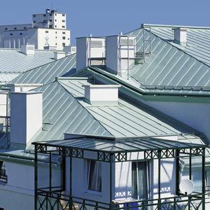 couverture de toit en tôle / en aluminium / prélaquée