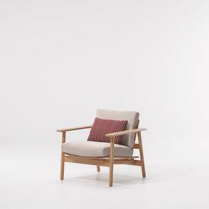 fauteuil contemporain / en tissu / en teck / avec coussin amovible