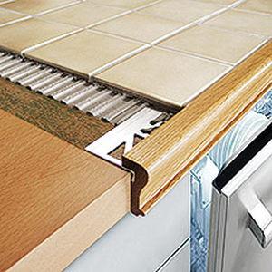 profilé de finition en bois