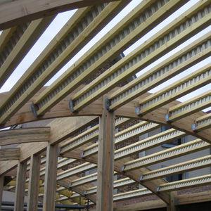 poutre préfabriquée / mixte / en bois / en acier galvanisé