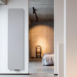 radiateur à eau chaude / en aluminium / en cuivre / contemporain