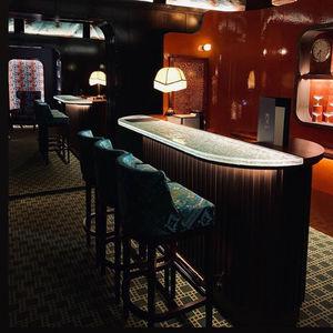 comptoir de bar / de cuisine / en verre / en bois