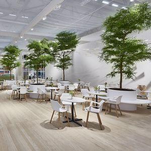 jardin d'intérieur pour hôtel