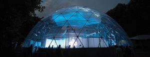 structure tendue en dôme géodésique