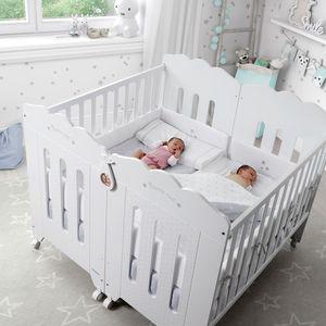 lit pour bébé contemporain / à roulettes / pour enfant (unisexe) / en hêtre
