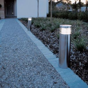 borne d'éclairage de jardin / urbaine / contemporaine / en acier inoxydable