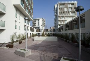 bâtiment préfabriqué / en bois / pour logement collectif / écologique
