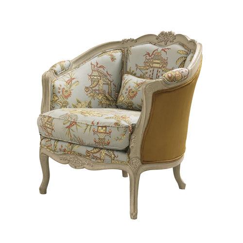 fauteuil de style Louis XV