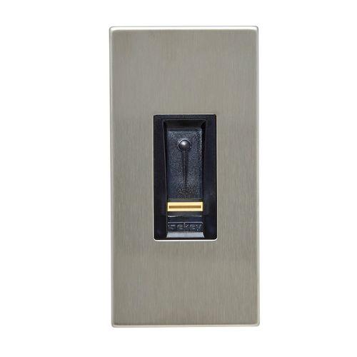 lecteur à empreinte digitale pour contrôle d'accès automatique - ekey biometric systems