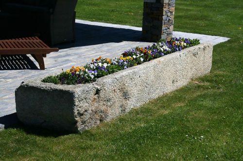 jardinière en pierre naturelle