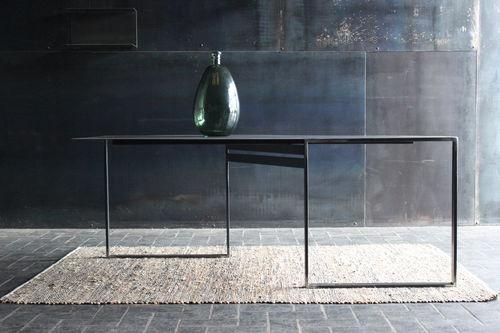 table à manger contemporaine / en acier / avec piètement en acier / rectangulaire