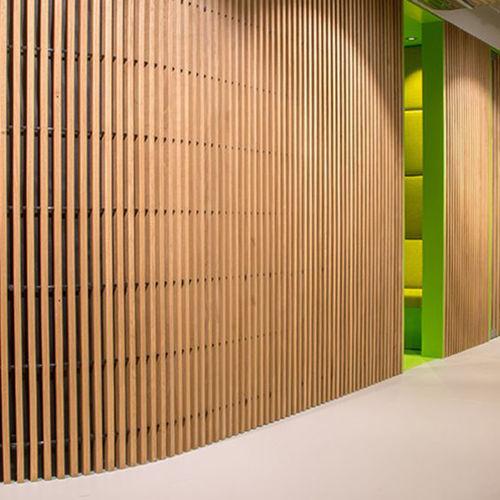 parement en bois / d'intérieur / d'absorption acoustique