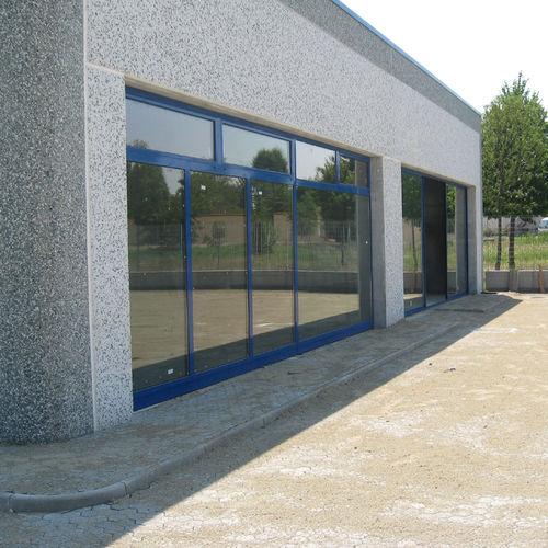 baie vitrée coulissante / en aluminium / à coupure thermique