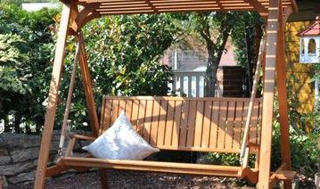 balancelle de jardin en bois / autoportante