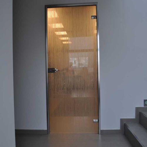 porte d'intérieure / battante / en verre / en aluminium
