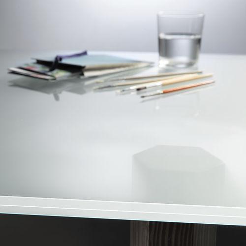 film décoratif pour applications sur verre