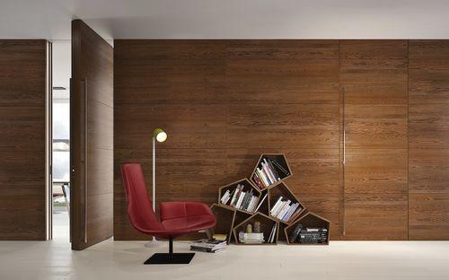 porte d'intérieur / à pivot / en bois / affleurante