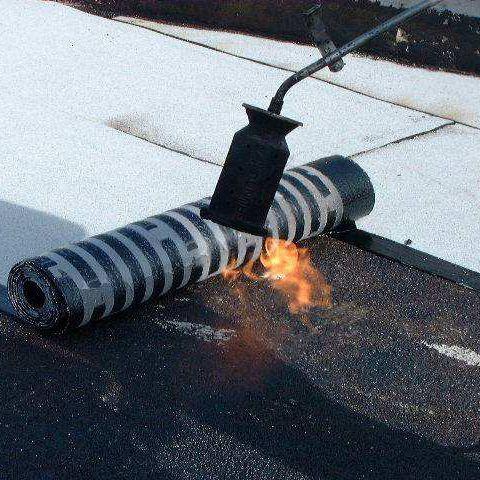 membrane d'étanchéité de protection / pour parking / en rouleau / avec pare-vapeur