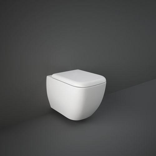 toilettes près du mur