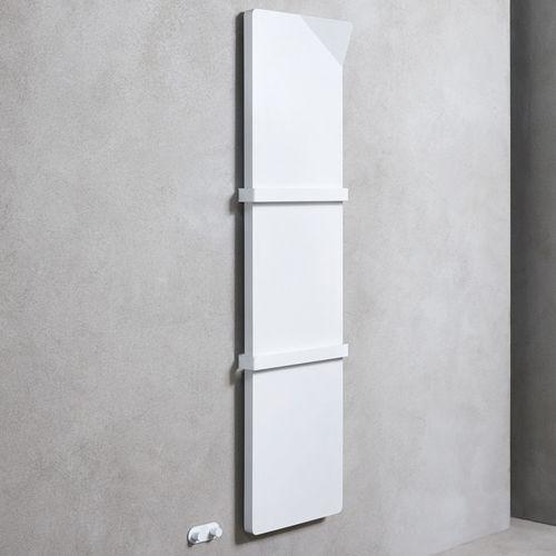 sèche-serviettes à eau chaude / électrique / en acier / contemporain