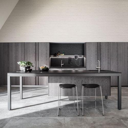 cuisine contemporaine / en polyester / en métal / en eucalyptus