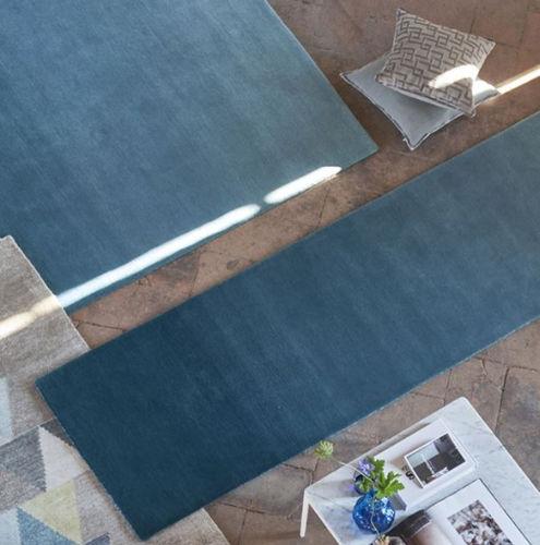 tapis de couloir / contemporain / uni / en laine