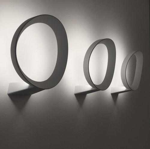 applique murale design original / en méthacrylate / en fonte d'aluminium / à LED