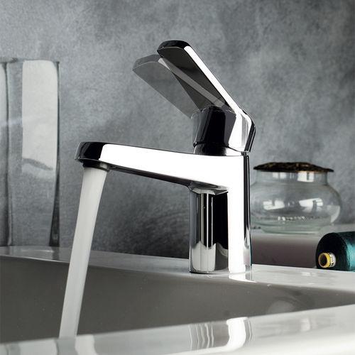 mitigeur pour vasque / en métal chromé / 1 trou / économiseur d'eau