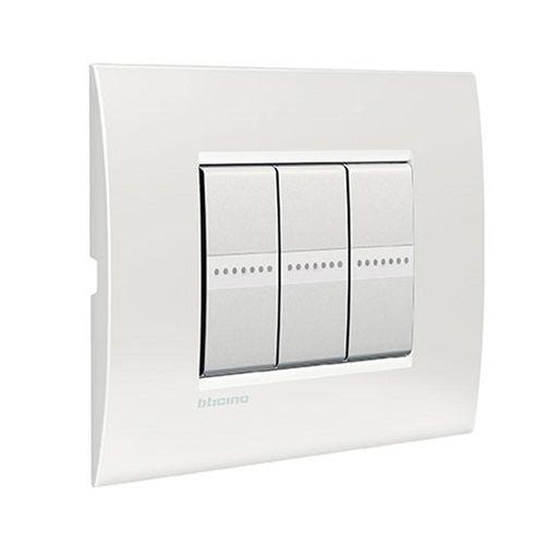 interrupteur à bouton poussoir / encastré / triple / en métal