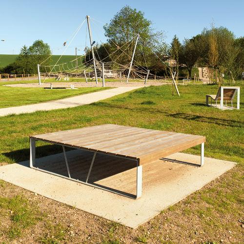 banc de jardin contemporain - AREA