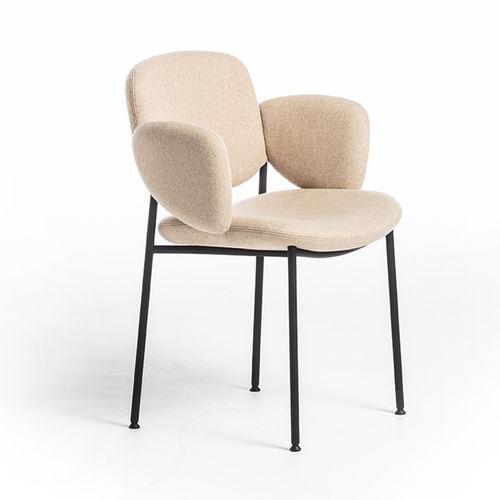 chaise de restaurant design scandinave