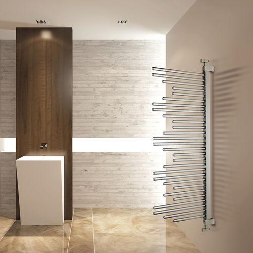 sèche-serviettes à eau chaude / chromé / contemporain / de salle de bain