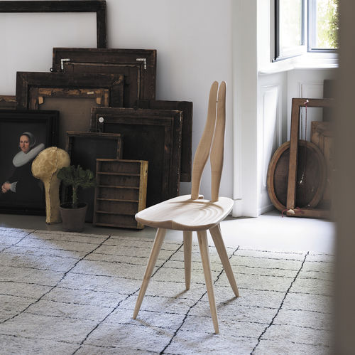 chaise design original / en érable / noire / couleur personnalisable