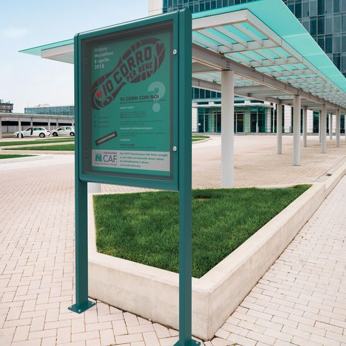panneau d'affichage sur pieds hauts / d'extérieur / en aluminium / en tôle d'acier