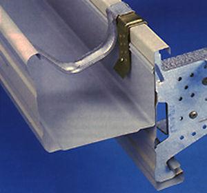 système d'ancrage en métal / pour gouttières