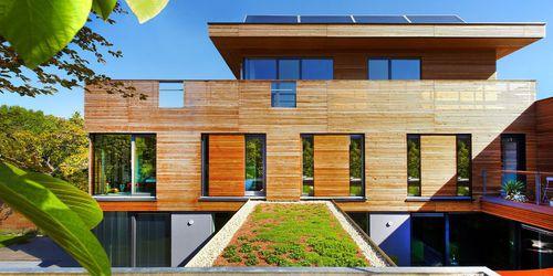 volet coulissant / en bois / en aluminium / pour façade