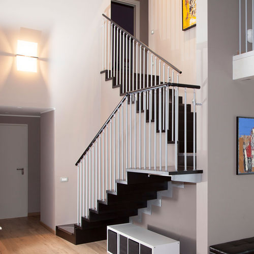 escalier demi-tournant