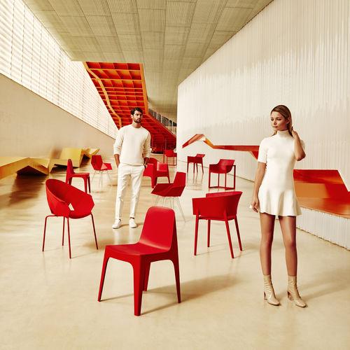 chaise de jardin contemporaine / empilable / en polypropylène