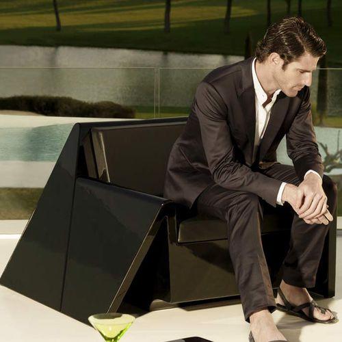 fauteuil contemporain / en polyéthylène / 100% recyclable / de jardin